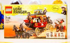 Sharing Happens • Pin a gift • LEGO • El llanero solitario, huida en el carruaje Q899.99