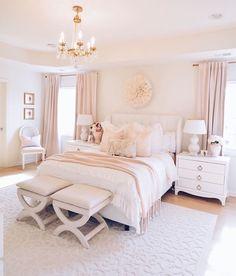Room Design Bedroom, Girl Bedroom Designs, Room Ideas Bedroom, Dream Bedroom, Pretty Bedroom, Stylish Bedroom, Classy Bedroom Decor, Classy Teen Bedroom, Elegant Girls Bedroom