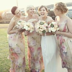 Katie & Bret's Vintage Pastel Wedding – Bridesmaids