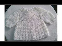 chambrita con rombos tejida con gancho ( para recién nacido a 1 año ) parte 2 ., con rombos tejida con gancho ( para recién nacido a 1 año ) parte 2 . Crochet Hooded Scarf, Crochet Baby Cardigan, Crochet Baby Clothes, Knit Crochet, Knitting Videos, Crochet Videos, Crochet Girls, Crochet For Kids, Vestidos Bebe Crochet