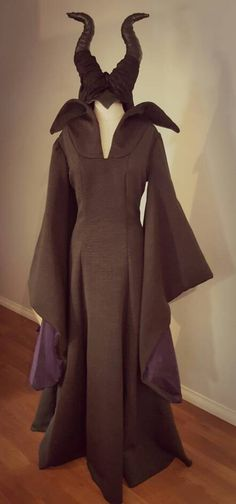 Adult Bronzing Cloak Coat Drawstring Wicca Robe Halloween Party Ghost Clothes