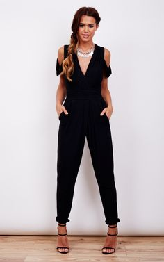 Look like a sexy lady in this gorgeous jumpsuit. Cold shoulder detail and tie around back, this is figure flattering and teams with heels will turn heads.