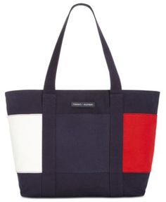 Tommy Hilfiger Th Flag Extra-Large Tote - Blue Tommy Hilfiger Mujer, Tommy Hilfiger Totes, Tommy Hilfiger Fashion, Fashion Handbags, Tote Handbags, Purses And Handbags, Designer Totes, Designer Handbags, Weekender Tote