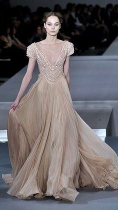 ELIE SAAB Spring 2009 collection | neutral color | cap sleeves | chiffon dress with flowing train | high fashion