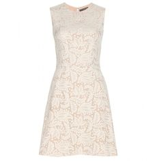 Alexander McQueen Lace Shift Dress (59.875.185 VND) ❤ liked on Polyvore featuring dresses, alexander mcqueen, vestidos, white, lacy dress, lace dress, alexander mcqueen dresses and lacy white dress