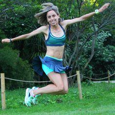 Tamara Sanfabio, campeona de España de maratón, se suma a la moda de correr con faldita, ¡está guapísima!
