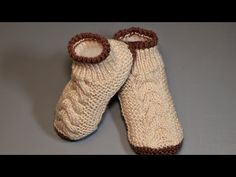p/botinha-em-trico-nora - The world's most private search engine Baby Knitting Patterns, Crochet Patterns Amigurumi, Crochet Blanket Patterns, Crochet Baby Shoes, Diy Crochet, Knitting Videos, Free Knitting, Cosy Socks, Knitted Slippers
