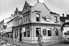 The Farmer's Rest pub, Haymarket 1988 which was demolished to build new bus station and Marks and Spencers
