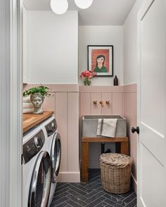 Grey Laundry Rooms, Laundry Room Design, Style Me Pretty Living, Concrete Sink, Laundry Room Inspiration, Laundry Room Remodel, H Design, Design Ideas, Garage Interior