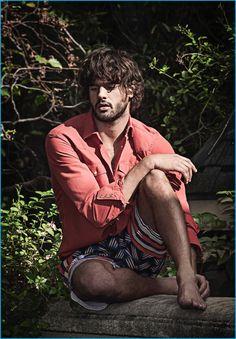 Jorge Figueiredo photographs Marlon Teixeira for Murilo Lomas' spring-summer 2017 campaign.