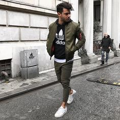 Style by @cvarol Via @streetfitsgallery Yes or no? Follow @mensfashion_guide for dope fashion posts! #mensguides #mensfashion_guide