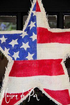 American flag painted burlap star door hanger: tutorial at www.maisondepax.com