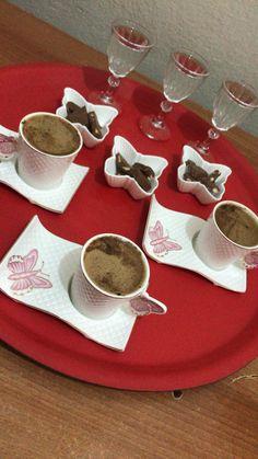 Espresso Coffee, Coffee Art, Iced Coffee, Coffee Mugs, Coffee Lovers, Coffee Break, Morning Coffee, Easy Meal Prep, Easy Meals