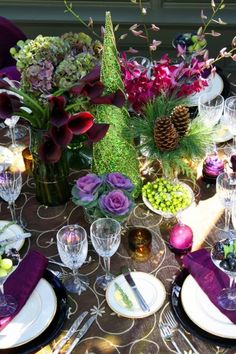 Autumn Tablescape / Thanksgiving Table / Fall Decor / - eggplant, violet and green