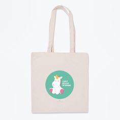 Si quieres hacer un buen 'zasca' a todo el que no crea en los unicornios, ¡demuéstrales con esta bolsa de tela que están equivocados!