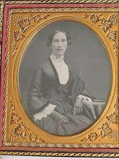 Antique-Daguerreotype-Beautiful-Woman-Lace-Gloves-Dress-Fashion-Jewelry