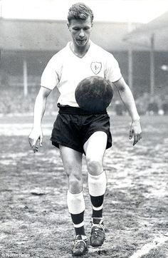John White (Tottenham Hotspur FC, 1959–1964, 183 apps, 40 goals) in his footballing heyday with Tottenham Hotspur.