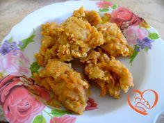 Frittelle di carote fritte http://www.cuocaperpassione.it/ricetta/eb371f4c-9f72-6375-b10c-ff0000780917/Frittelle_di_carote_fritte