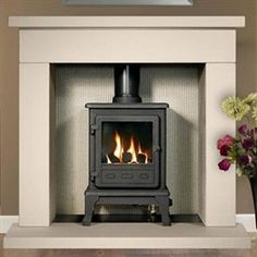 The Firefox 5 Gas Stove manufactured by The Gallery Collection is made from sturdy cast iron built to last. This gas stove is only suitable for burning gas. Corner Gas Fireplace, Stove Fireplace, Gas Fireplaces, Fireplace Ideas, Free Standing Gas Stoves, Cheap Stoves, Inset Stoves, Wood Stoves, Chimney Cowls