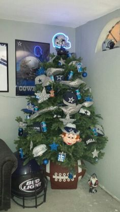 Amazing Dallas Cowboys Christmas Tree By Menchaca