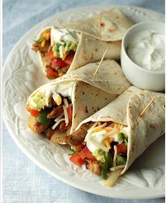Un nuevo plato para romper la rutina con un toque mexicano. Fajitas de pollo mexicanas que te harán repetir.