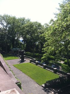 One of the lower garden levels at Kykuit. Zippertravel.com Digital Edition