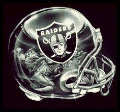 Okland Raiders, Raiders Pics, Raiders Helmet, Raiders Stuff, Oakland Raiders Football, Raiders Baby, Raiders Hoodie, Nfl Football Helmets, Football Memes