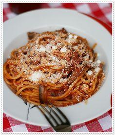 Pasta alla Norma – Sicilian Pasta with aubergine and tomato sauce