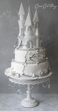 Castle Cake Topper perfect for cake decorating princess cakes & fondant cakes. Lightweight, white, made of Styrofoam. Beautiful Wedding Cakes, Gorgeous Cakes, Pretty Cakes, Cute Cakes, Amazing Cakes, Unique Cakes, Creative Cakes, Castle Wedding Cake, Winter Torte