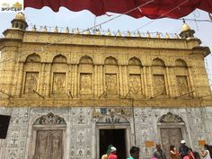 Durgiana Temple is one of the Historical tourist destinations in Amritsar, An ancient temple of utmost Hindu significance. Rama Sita, India Gate, Shri Hanuman, Small Restaurants, Golden Temple, Amritsar, Durga Goddess, Tourist Places, Hindus