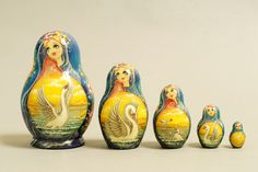 "5 Piece ""Vyatskaya Matryoshka"" number 63064 - 747"