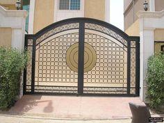 شركة التجارة العالمية المتقدمة للاعمال المعدنية - ابواب خارجية (21) Home Gate Design, Gate Wall Design, House Main Gates Design, Steel Gate Design, Front Gate Design, Bedroom Door Design, Door Design Interior, Entrance Design, Railing Design