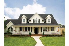 6 farmhouse layouts that will have you wishing for the simple country life