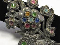 Vintage LN/25 Rhinestone Brooch Flower Pin by SassyBeauties