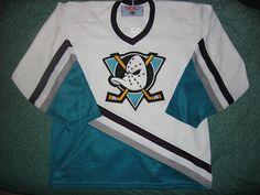 Fans love the retro Mighty Ducks look.