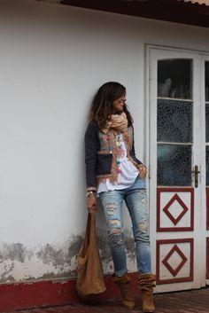 #mytenida Chaqueta/jacket: Chile. Top: Chile. Jeans: Bershka. Bolso/handbag: Fuencarral. Botas/boots: Bershka. Collar/necklace: El Baúl Francés.