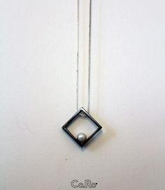 Silver square with pearl ... #Co.Ro.Studio