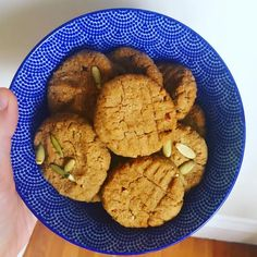 Sure, chickpeas might not be the first thing that pops up when you think about delicious cookies but these willchange your mind! They're crunchy on the outside and super gooey on theinside …