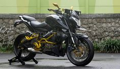 200 ns Ns 200, Motorcycle Wallpaper, Cafe Racer Motorcycle, Cars And Motorcycles, Riding Quotes, Bike, Vehicles, Lovers, Cap