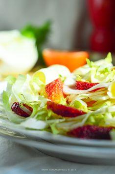 salata-de-andive-cu-fenicul Fruit Salad, Cheddar, Celery, Strawberry, Corner, Drinks, Spring, Salads, Finger Food