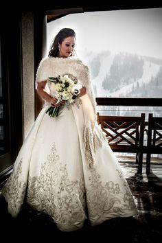 Wedding Dress - Deer Valley Wedding  http://caratsandcake.com/jennyandhanz