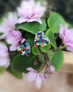 Van hogy egy kis bizsu is fel tudja dobni a napod!   . . . . Repost innen :  @suzyartwebaruhaz Suzy Art  #dragako #ekszer #meglepetes #nekemiskell #meglepi #parfüm #arcápolás #natúrkozmetikum #natúrkozmetika #instahun #mik #instahungary Dragon, Pink, Art, Jewelry, Instagram, Art Background, Jewellery Making, Jewerly, Jewelery