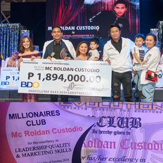 One of our mentors in Frontrow International sir MC Custodio from Lomi Boy to Frontrow International Millionaires Club and Car Club. Start A Website, How To Start A Blog, Make Money Online, How To Make Money, Batangas, Leadership Qualities, Creating A Blog, Nursing, Social Media