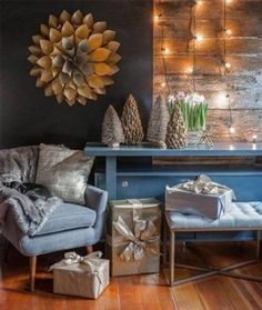 Modern Christmas Decorated Living Rooms-29-1 Kindesign