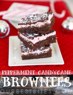 Heavenly Peppermint Candy Cane Brownies with three distinct layers of rich and fudgy brownie, cool creamy frosting, and smooth decadent chocolate. Köstliche Desserts, Holiday Baking, Christmas Desserts, Christmas Baking, Delicious Desserts, Dessert Recipes, Christmas Goodies, Christmas Recipes, Christmas Treats