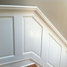 10 Fantastic Tips Can Change Your Life: Black Wainscoting Banisters wainscoting stairway woodwork.Types Of Wainscoting Home wainscoting nursery little girls.Wainscoting Nursery Little Girls. Wainscoting Nursery, Wainscoting Kitchen, Dining Room Wainscoting, Wainscoting Panels, Wainscoting Ideas, Painted Wainscoting, Wainscoting Height, Black Wainscoting, Wall Panelling