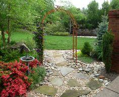 erin's art and gardens: in the garden...