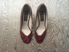 Van Eli Oxblood Pumps by FoundFineArt on Etsy, $18.00