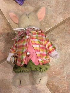 Muffy VanderBear And Hoppy VanderHare Alice And Wonderland Set | #1817119725
