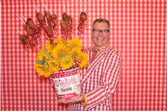 Flying Fried Chicken Birthday Bucket Bouquet | Charles Phoenix